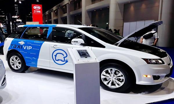 BYD E6 รถ EV แบรนด์จีน