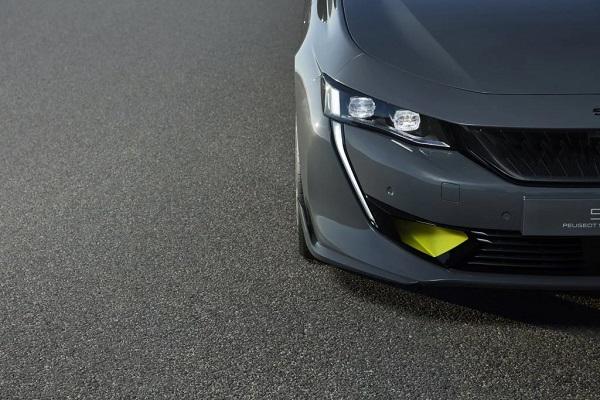ความดุเดือนของชุดแต่งใน Peugeot 508 Sport Engineered Concept