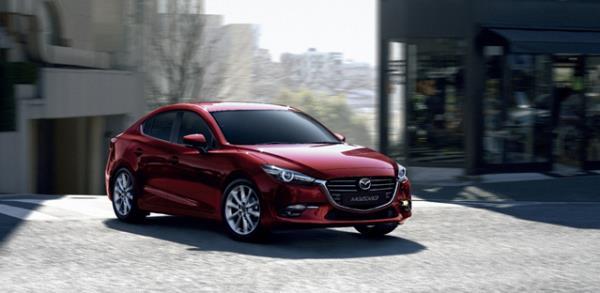 รถยนต์อเนกประสงค์ Mazda 3