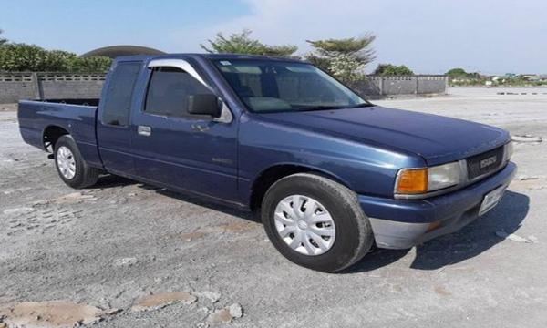 Isuzu Space Cab ปี 1994 สีน้ำเงิน