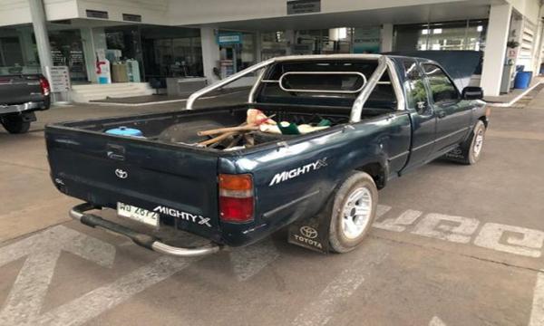 ด้านหลัง Toyota Hilux Mighty-X ปี 1994
