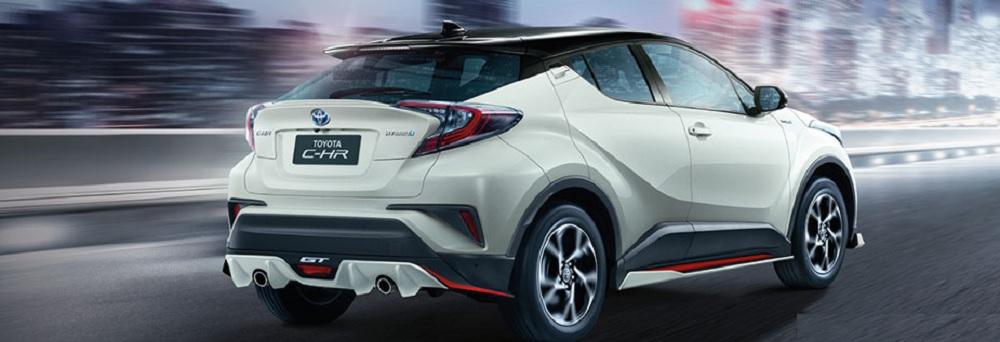 Toyota C-HR GT ที่มาพร้อมกับชุดแต่งที่ผลิตจำนวนจำกัดเพียง 1,000 ชุดเท่านั้น ประกอบด้วย สเกิร์ตหน้า, ดิฟฟิวเซอร์หลัง, สเกิร์ตข้าง (2 ชิ้น) และชุดตกแต่งกันชนหน้า (Front Garnish) และยังสามารถเลือกสีเดียวกับตัวรถได้อีกด้วย