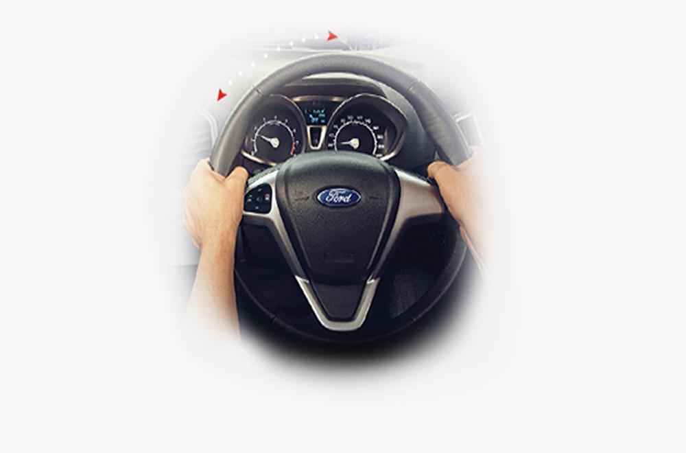 Ford Ecosport ได้รับการติดตั้งหน้าจอแดชบอร์ดที่มาพร้อมกับโหมดการแสดงผลแบบประหยัด และ พวงมาลัยพาวเวอร์พร้อมระบบช่วยผ่อนแรงด้วยไฟฟ้าแบบ EPAS หุ้มหนังปรับระดับได้ 4 ทิศทาง