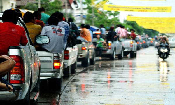 แนะนำวิธีเตรียมรถให้พร้อมก่อนเที่ยวสงกรานต์