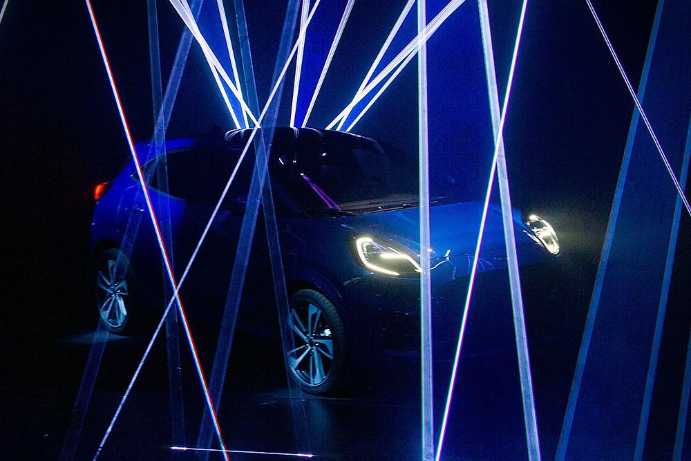ส่วนขุมพลัง All-new Ford Puma 2019 จะเน้นความประหยัด ด้วยเครื่องยนต์ Mild Hybrid แบบ 3 สูบ ขนาดความจุ 1.0 ลิตร ทำงานร่วมกับ BISG (belt-driven integrated starter/generator) ทำหน้าที่เหมือนมอเตอร์ ให้กำลังสูงสุด 155 แรงม้า