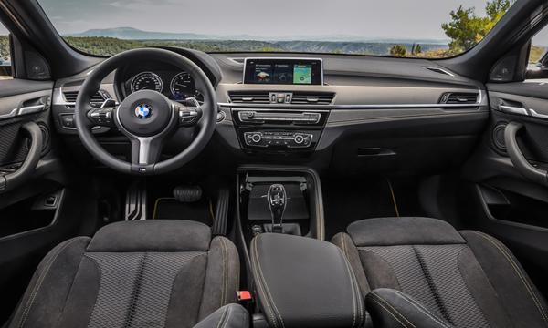 ภายในห้องโดยสาร BMW X2 sDrive20i M Sport X 2019