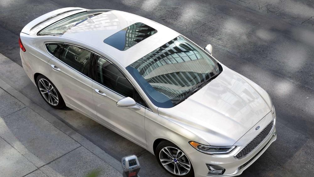 Ford FUSION 2019  ดีไซน์หรูหราผสมผสานกับความเป็นสปอร์ตได้อย่างลงตัว