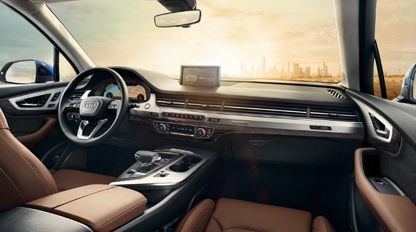 ภายในห้องโดยสาร Audi Q7 (2019)