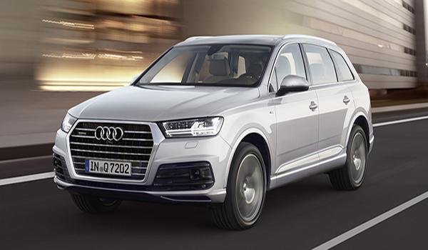 Audi Q7 ติดตั้งไฟหน้าแบบโปรเจคเตอร์ LED