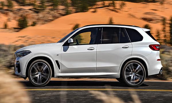 ด้านข้าง BMW X5 xDrive30d M Sport