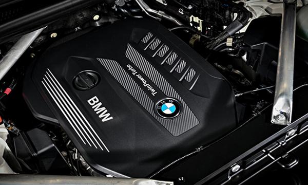 เครื่องยนต์ดีเซลเทอร์โบ Twin-Power Turbo 6 สูบ แถวเรียง ขนาด 3.0 ลิตร