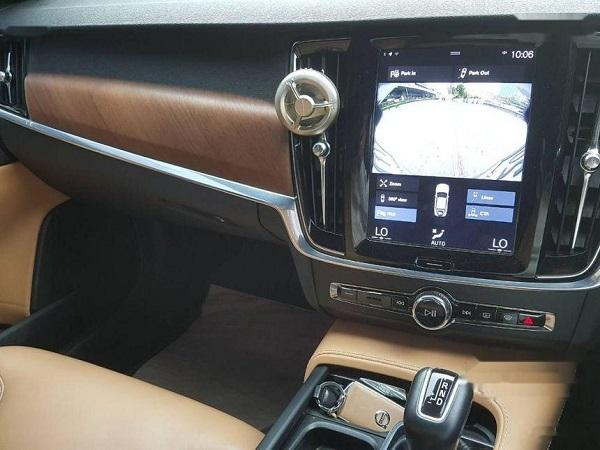ภายในห้องโดยสาร VOLVO S90 มือสอง ปี 2017