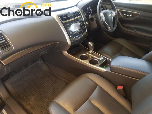 ภายในห้องโดยสารตอนหน้า Nissan Teana  มือสอง รุ่น 200 XL sedan ปี 2017