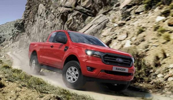 """"""" เป็นเจ้าของ New Ford Ranger วันนี้ รับอัตราดอกเบี้ยต่ำสุด 0%"""""""
