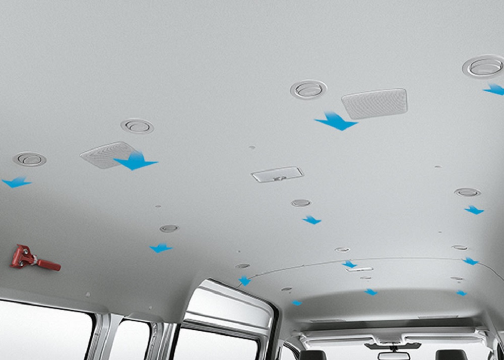 ทุกที่นั่งมีช่องลมแอร์ เพื่อส่งความเย็นได้อย่างทั่วถึงทั้งห้องโดยสาร