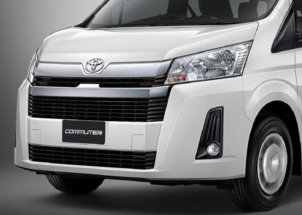เพิ่มความโดดเด่นและโฉบเฉี่ยวในทุกมุมมองให้กับ All New Toyota  Commuter 2019 ด้วยกระจังหน้าโครเมียม