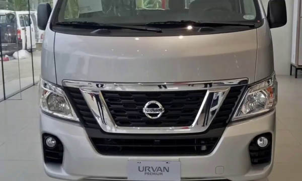 Nissan NV350 2019 ติดตั้งกระจังหน้าแบบโครเมียม