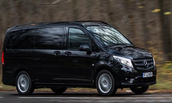 ด้านข้าง Mercedes-Benz Vito 2019