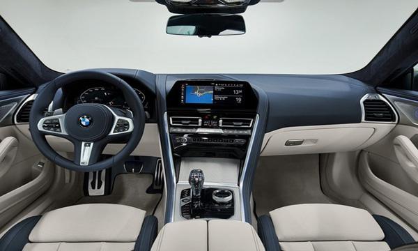 ภายใน BMW 8-Series Gran Coupe 2020 ได้รับการตกแต่งอย่างหรูหรา