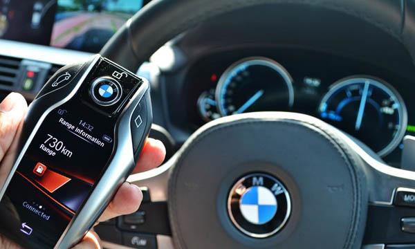 กุญแจ BMW Display Key