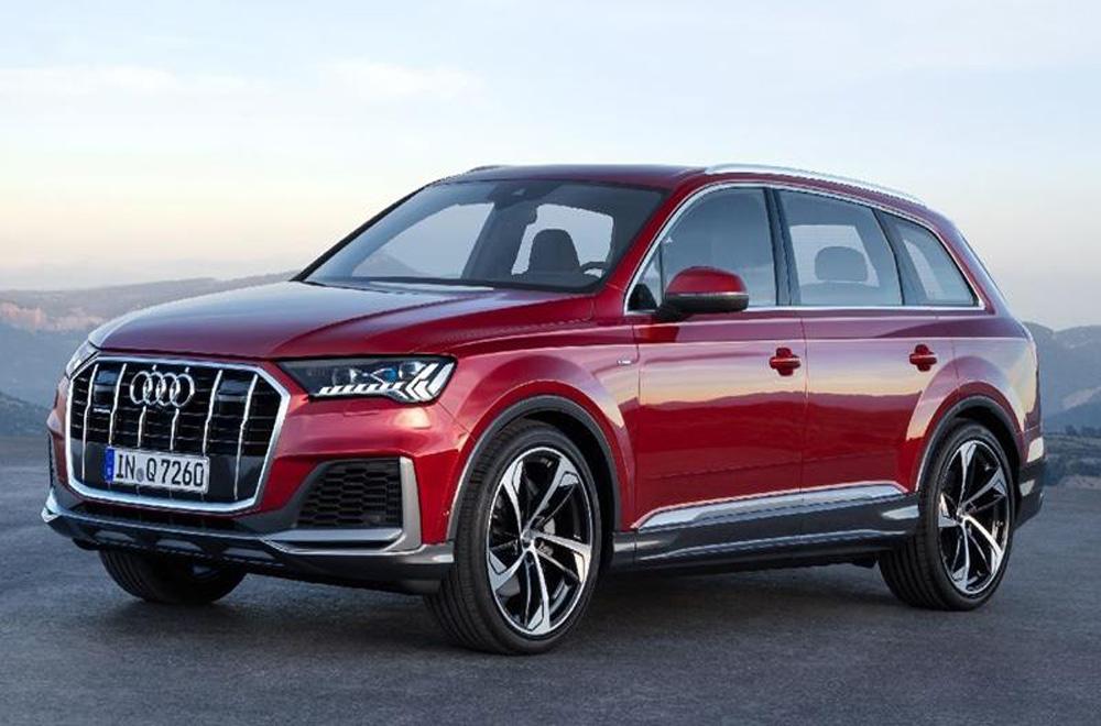 Audi Q7 2020 โฉบเฉี่ยวโดนใจในสไตล์ครอสโอเวอร์ติดตั้งระบบไฟหน้าแบบ HD Matrix LED พร้อมไฟส่องสว่างสำหรับการขับขี่กลางวันแบบ Daytime Running Lights และ ไฟตัดหมอกด้านหน้า