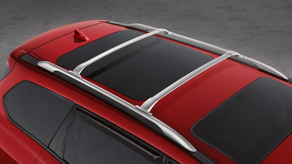 ราวหลังคามี Crossbars เป็นอุปกรณ์เสริมเพิ่มความเป็นรถสปอร์ตออฟโรด สำหรับบรรทุกสัมภาระพร้อมออกเดินทาง