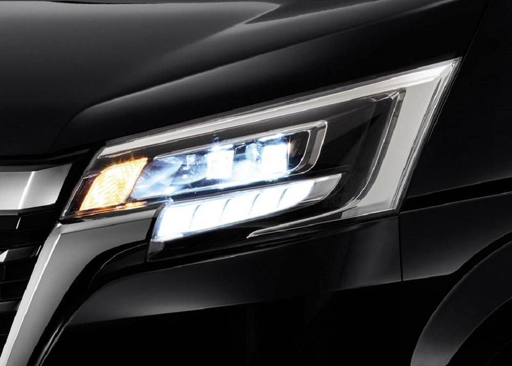 ไฟหน้าแบบ LED ดีไซน์โฉบเฉี่ยว พร้อมไฟส่องสว่างในช่วงเวลากลางวัน