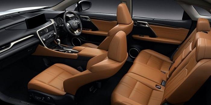 ภายในห้องโดยสาร Lexus RX