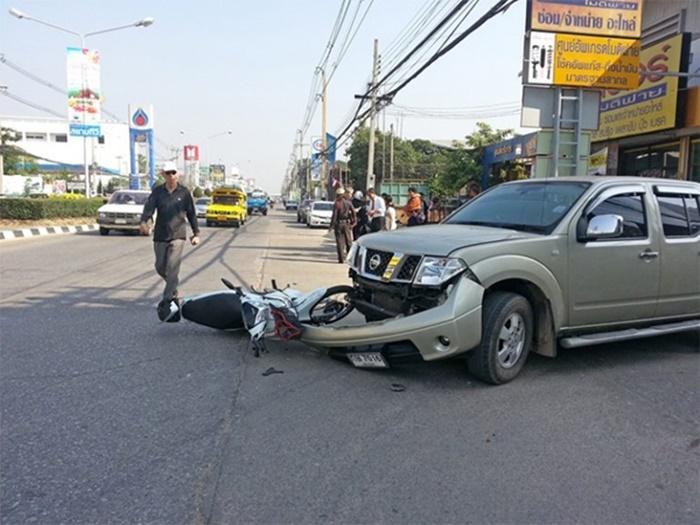 รถที่ขับสวนเลนมาชน จะไม่สามารถเรียกร้องค่าเสียหายได้ หากคู่กรณีเป็นฝ่ายถูก