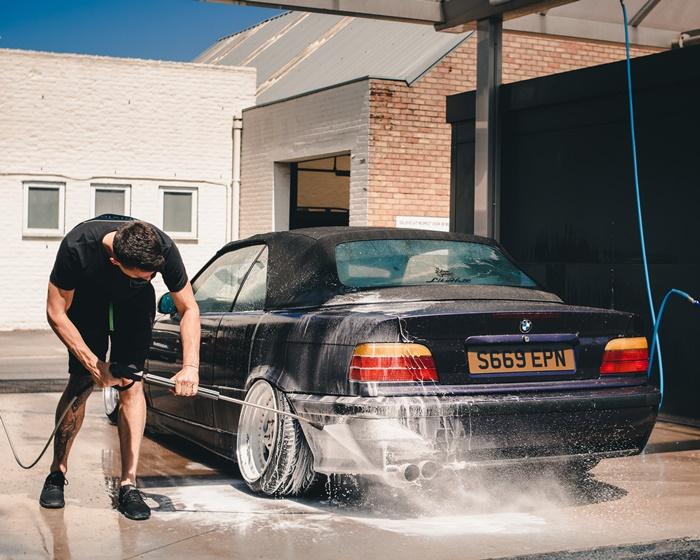 หมั่นทำความสะอาดรถ ทำลายแหล่งอาหารของหนู