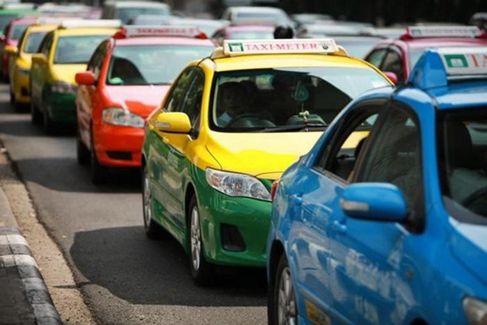 พบการกระทำผิดในผู้ให้บริการรถแท็กซี่ จำนวน 299 ราย