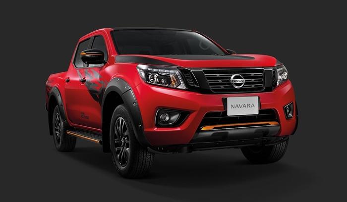 ราคาและตารางผ่อน Nissan Navara