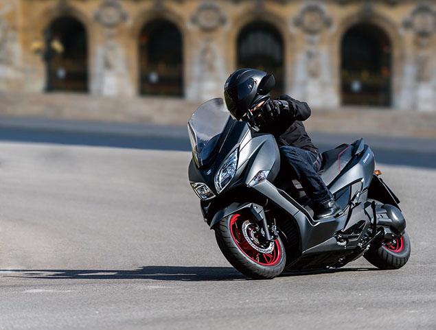 Suzuki Burgman 400 ปี 2020