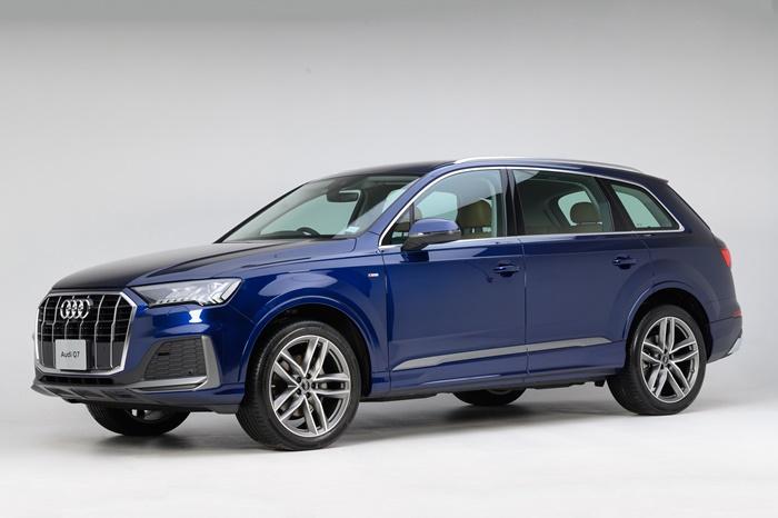 Audi Q7 ดีไซน์หรูหรา เส้นสายคมชัด