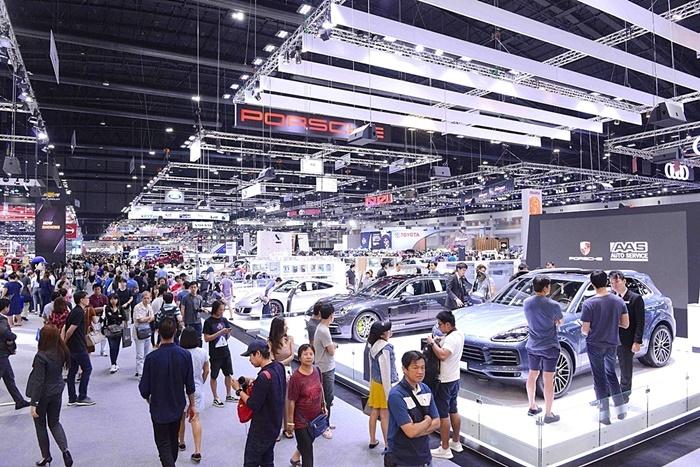 ด้านตลาดรถยนต์สะสม 2 เดือนลดลง 12.8%