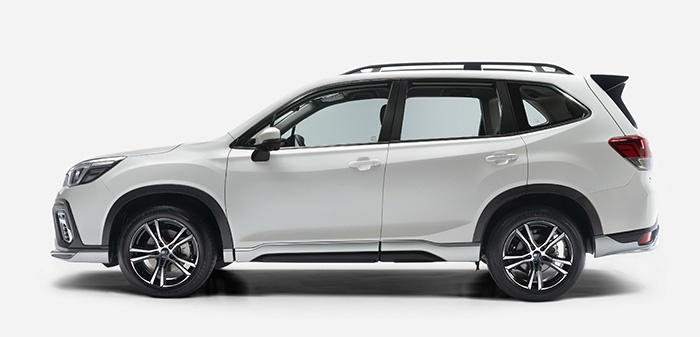 ด้านข้าง Subaru Forester GT Edition