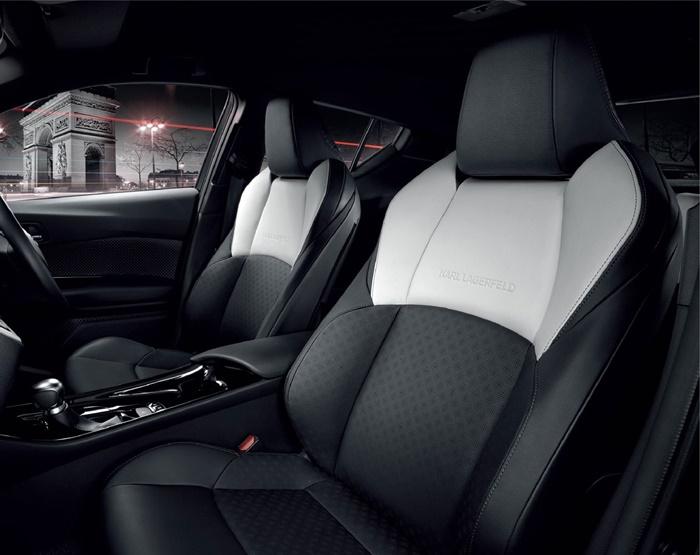 เบาะนั่งสีขาวดำ Toyota C-HR by Karl Lagerfeld