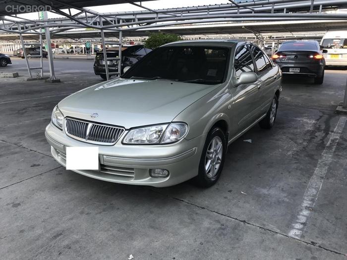 Nissan Sunny Neo 2003