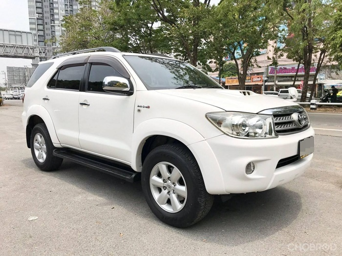 Toyota Fortuner มือสอง