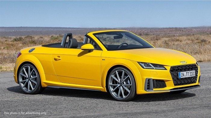 Audi TT Roadster 45 TFSI quattro S line (เปิดประทุน)