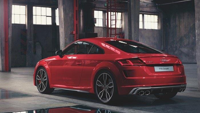 Audi TTS Coupequattro (คูเป้)