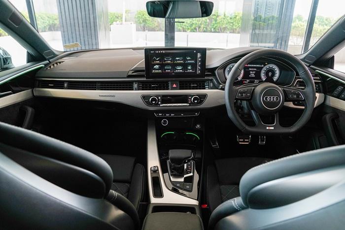 ภายในAudi A5 Coupe/Sportback