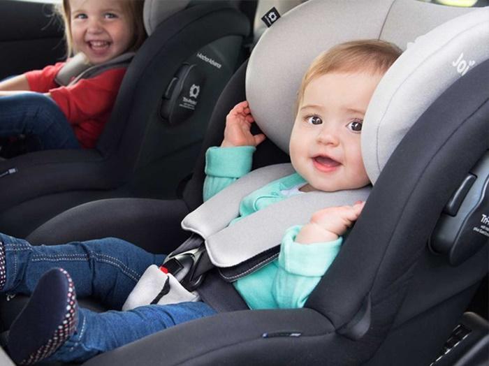 เมื่อมีเด็กอยู่ในรถ ผู้ปกครองควรระวังอะไรบ้าง?