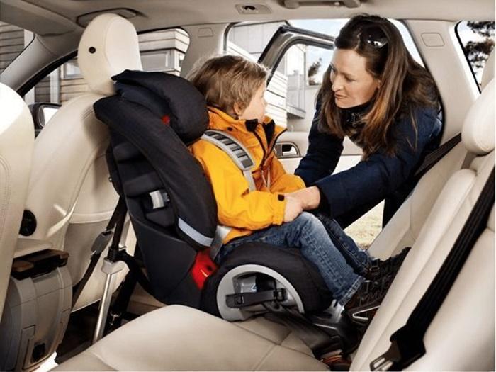 ผู้ปกครองควรติดตั้งคาร์ซีทเพื่อความปลอดภัยของบุตรหลาน