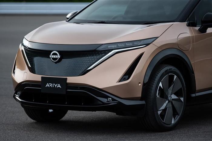 โลโก้ใหม่ของ Nissan ปรากฏครั้งแรกบนรถยนต์ไฟฟ้า Ariya