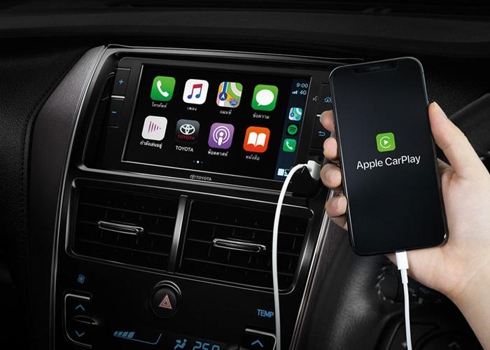 หน้าจอสัมผัสขนาด 6.7 นิ้ว รองรับระบบ Apple CarPlay