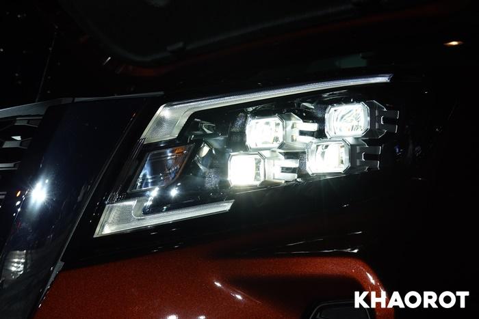 ไฟหน้า LED 8 ดวง