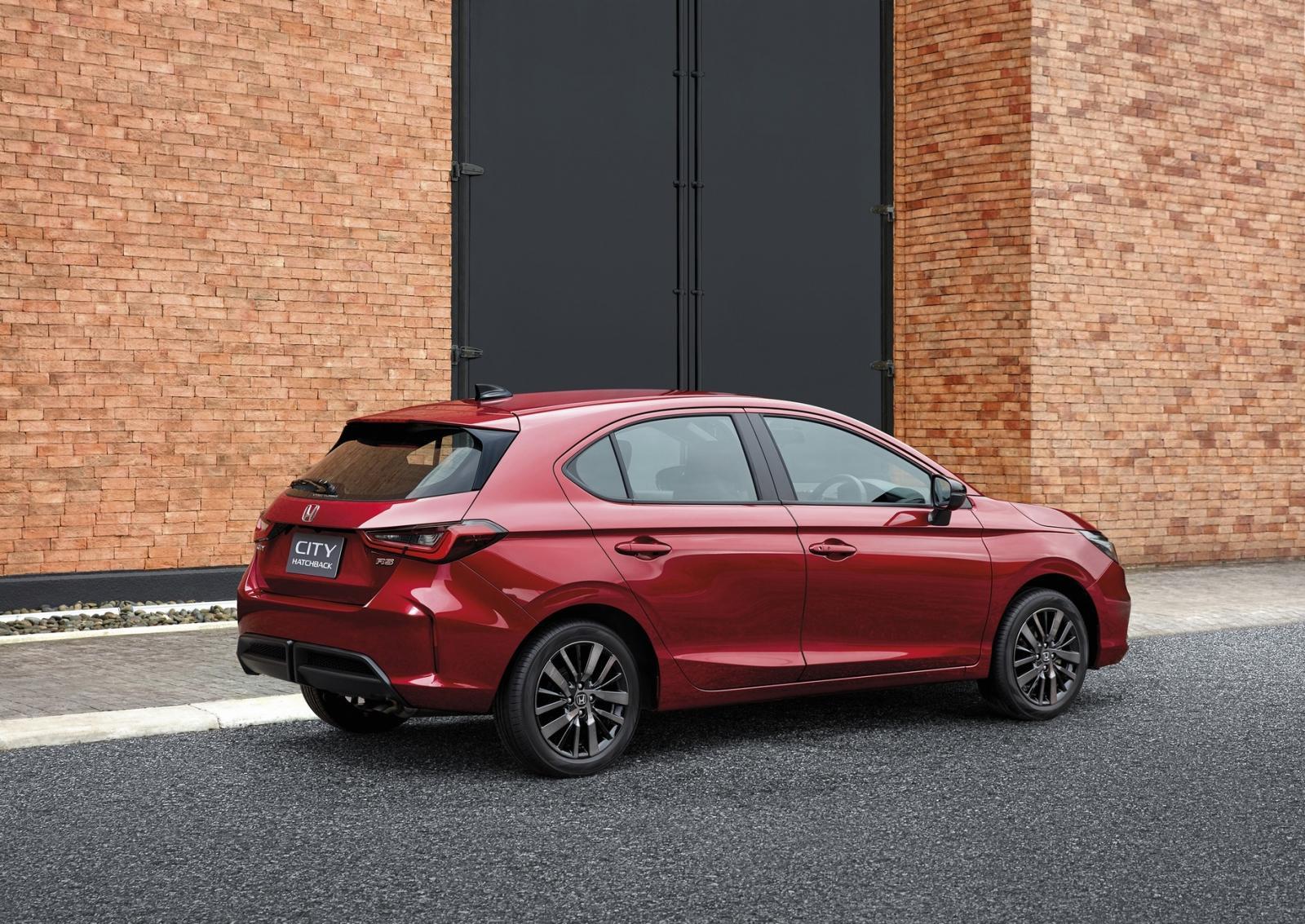 ราคาและตารางผ่อน ดาวน์ Honda City Hatchback 2021