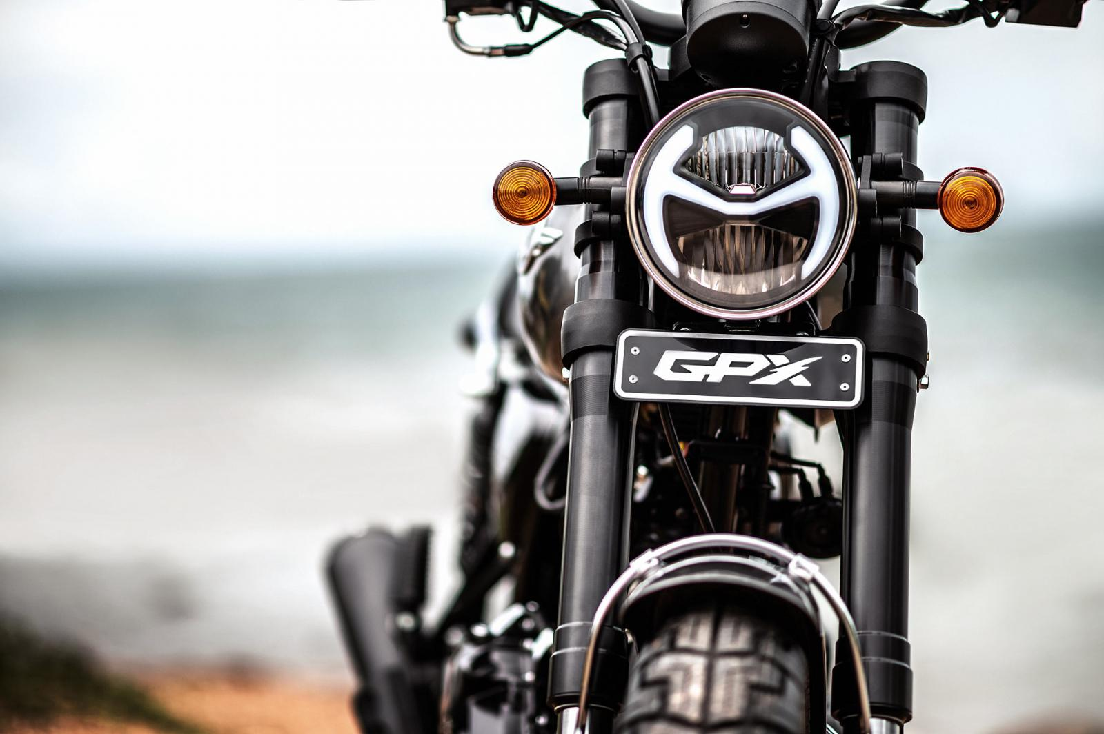 2021 GPX Legend 150Fi