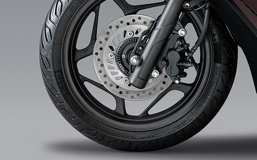 Honda PCX e:HEV 2021